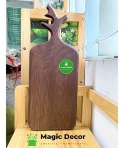 Thớt gỗ sừng hươu chất liệu gỗ óc chó cao cấp 17x43cm